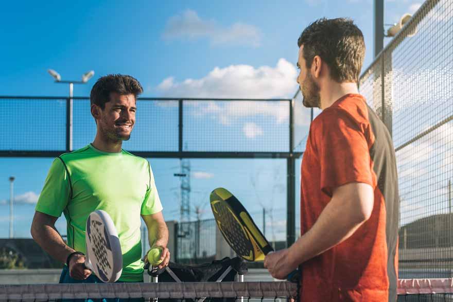 partita di padel tennis
